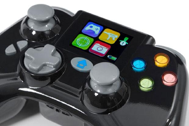 Controle tem tela de LCD para acionar turbo (Foto: Divulgação)