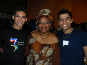 Falcão com ganhadora do prêmio Nobel da Paz na África do Sul (Foto: Arquivo Pessoal)