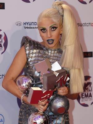 Lady Gaga domina premiação (Foto: Reuters)