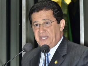 Alfredo Nascimento (PR-AM) nega campanha antecipada (Foto: Waldemir Barreto/Agência Senado)