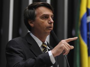 O deputado Bolsonaro durante discurso no plenário da Câmara  (Foto: Leonardo Prado / Agência Câmara)