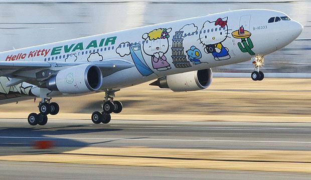 Avião da Hello Kitty (Foto: Reuters)