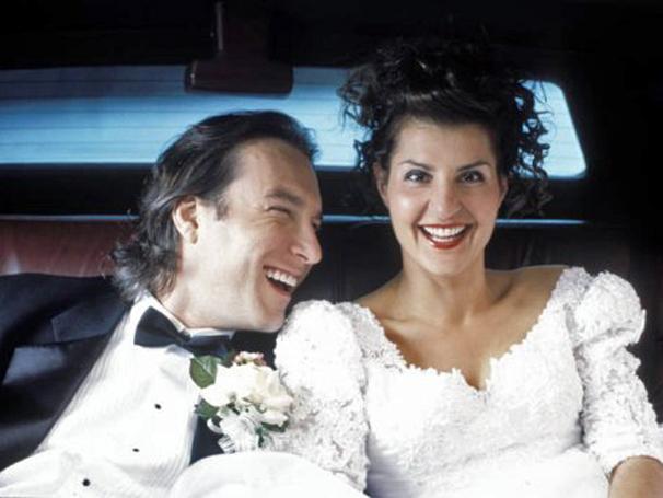 Ian Miller (John Corbett) se apaixona por Toula Portokalos, mas precisa conquistar a família dela  (Foto: Divulgação)