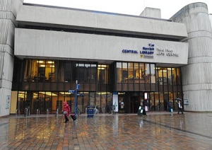 Biblioteca central de Portsmouth (Foto: Reprodução)