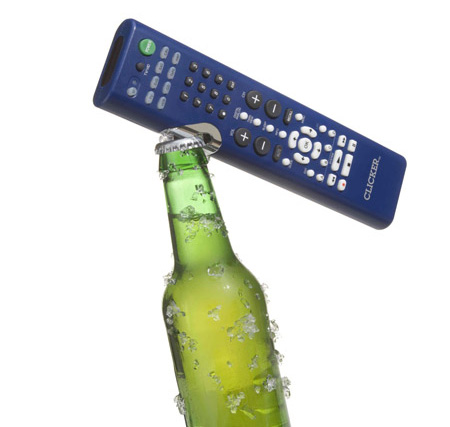 TV Remote and Bottle Opener (Foto: divulgação)