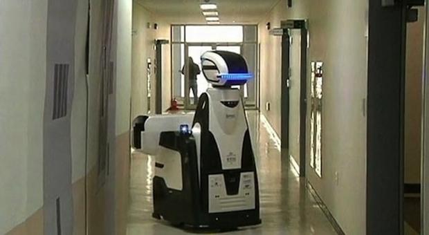 """""""Guarda-robô"""" é capaz de detectar anormalidades em presídio na Coreia do Sul (Foto: Reprodução/Reuters)"""
