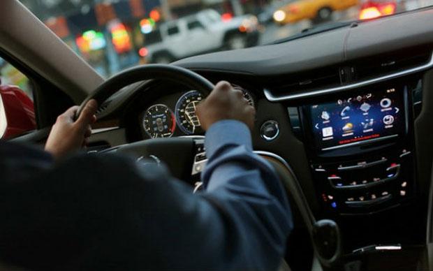 Tecnologia da Cadillac permite conectividade para o motorista (Foto: Reprodução)
