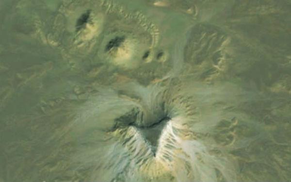 Imagens do Google Earth revelam pirâmides desconhecidas no Egito (Foto: Reprodução)
