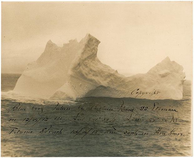 Foto histórica do iceberg que afundou Titanic (Foto: Reprodução/ RR Auction)