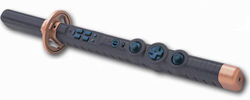 A estranha espada para jogar Onimusha 3 (Foto: Divulgação)