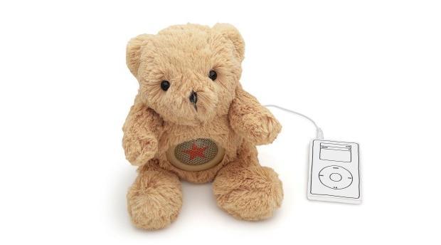 Caixa no formato de ursinho de pelúcia pode ser ligado no computador e MP3 players (Foto: Reprodução/Imaginarium)