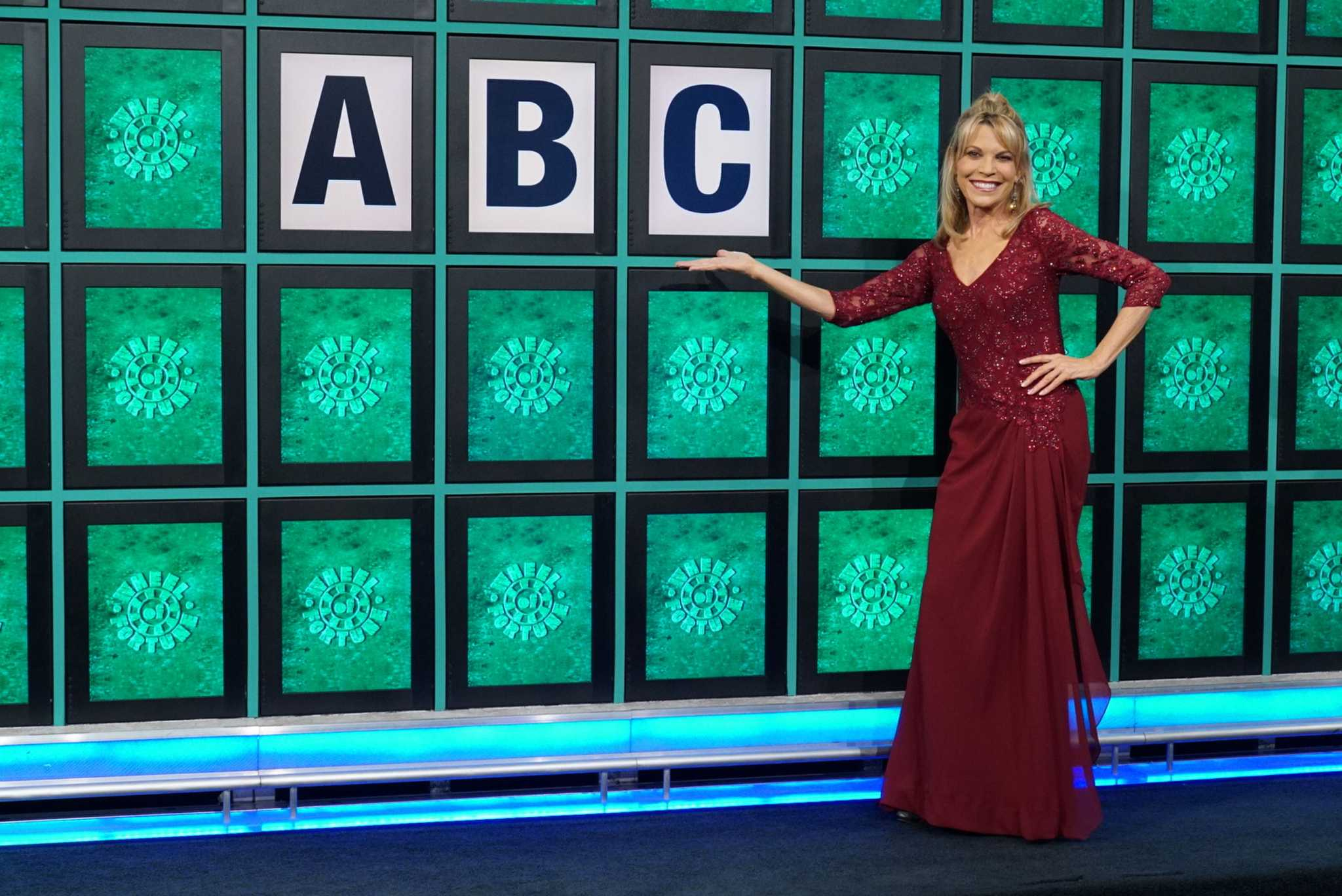 Can You Guess Wheel Of Fortune Host Vanna White S Net