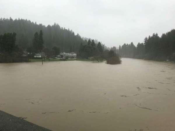 Mudslide has shut down Bohemian Highway indefinitely