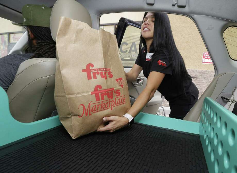 driverless grocery deliveries debut