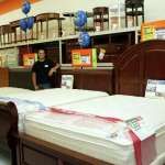 Big Lots Sees Opening In Closeouts Stamfordadvocate