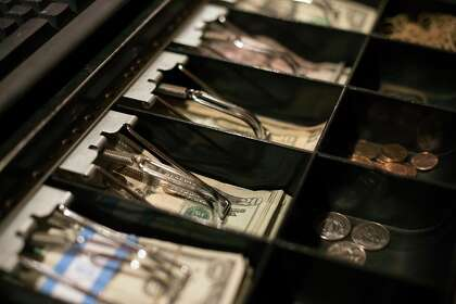 Dirty cash: Should we (literally) clean our money ...