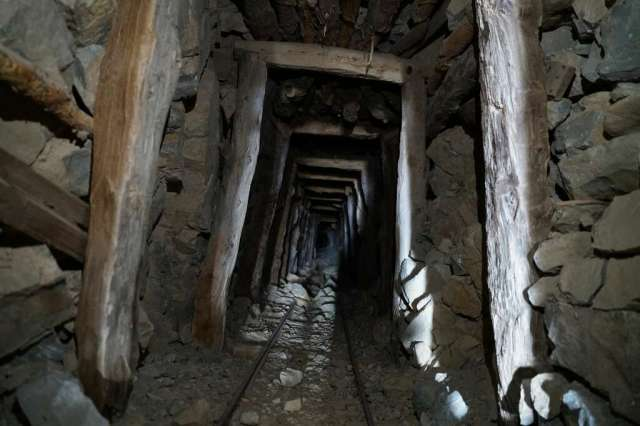 <p>For the past two months as much of the world has been in lockdown, Brent Underwood has been quarantining in Cerro Gordo — a ghost town about 200 miles north of Los Angeles that has been abandoned since the</p>