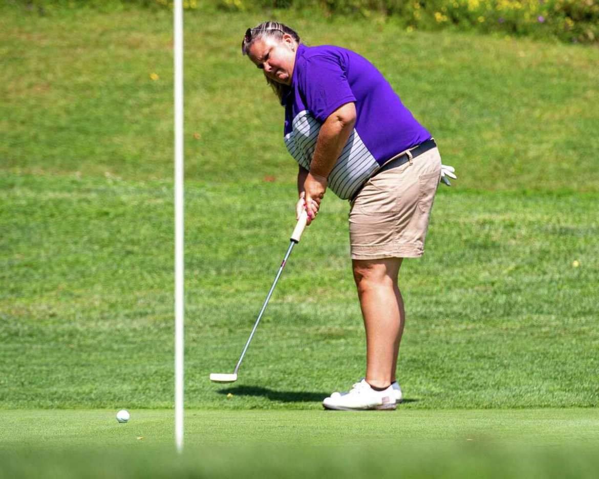 Colleen Cashman-McSween, the golf coach from UAlbany, hits a putt during CDPHP Pro-Am with Symetra Tour players at Capital Hills Golf Course in Albany, NY, Friday August 28, 2020 (Jim Franco / special for The Times Union.)