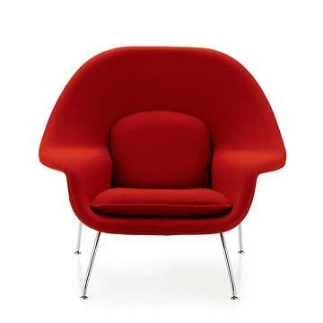 dwr womb chair best rocking midcentury classic enlivens a room sfchronicle com