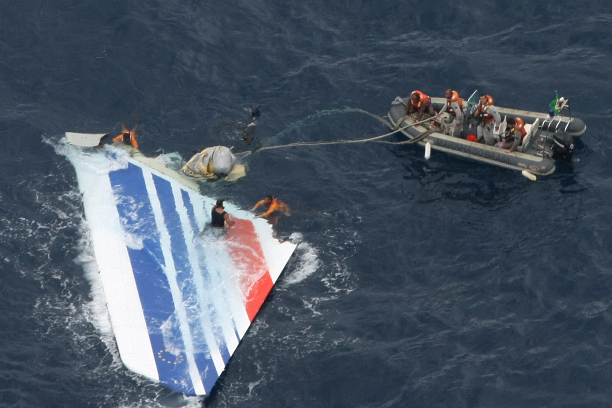 Report on 2009 Air France crash cites chaos in cockpit - HoustonChronicle.com