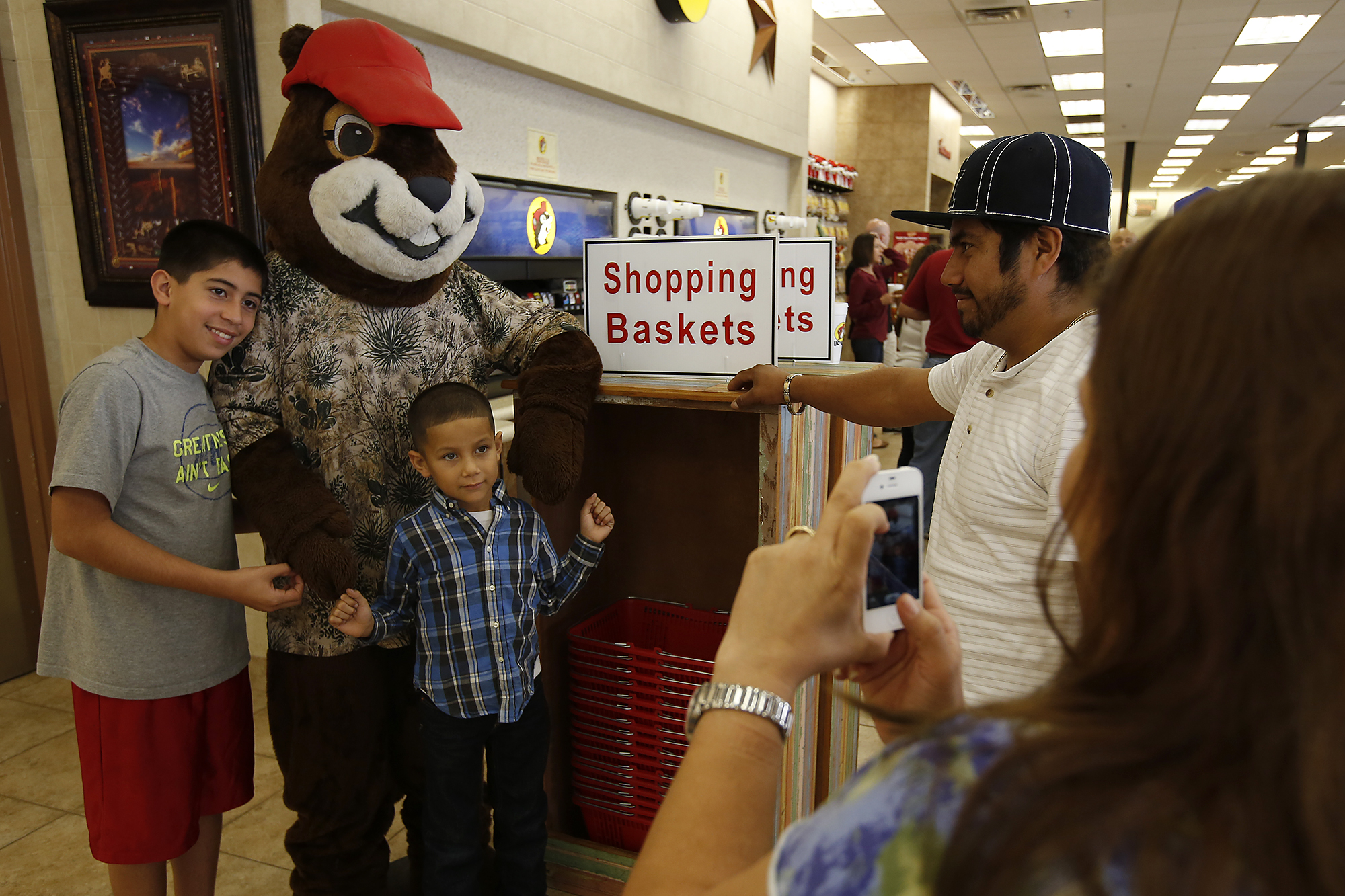 Holiday travelers make Bucees pit stop  Houston Chronicle