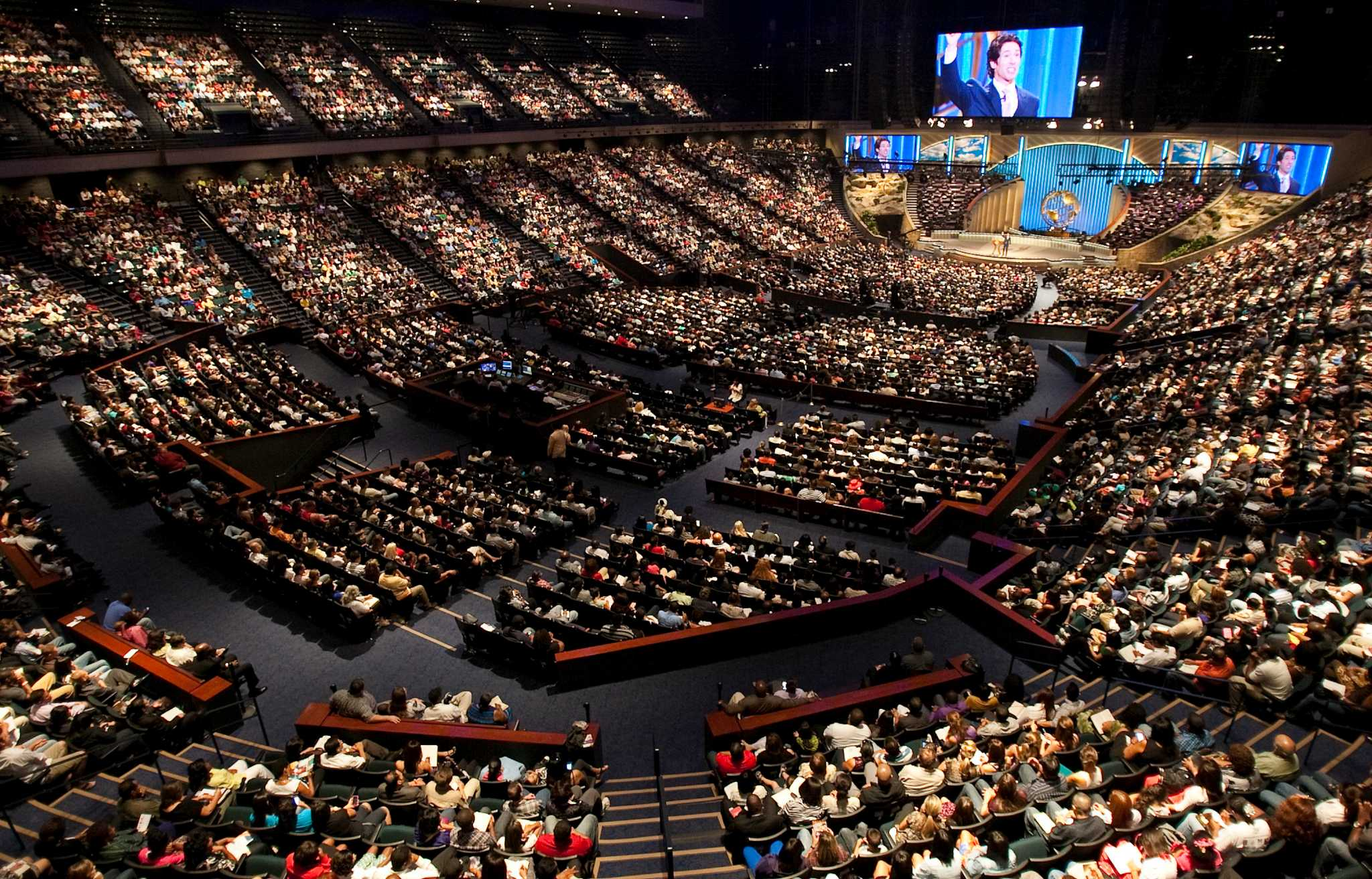 10 years ago Lakewood Church Joel Osteen move into Houstons Compaq Center  Houston Chronicle
