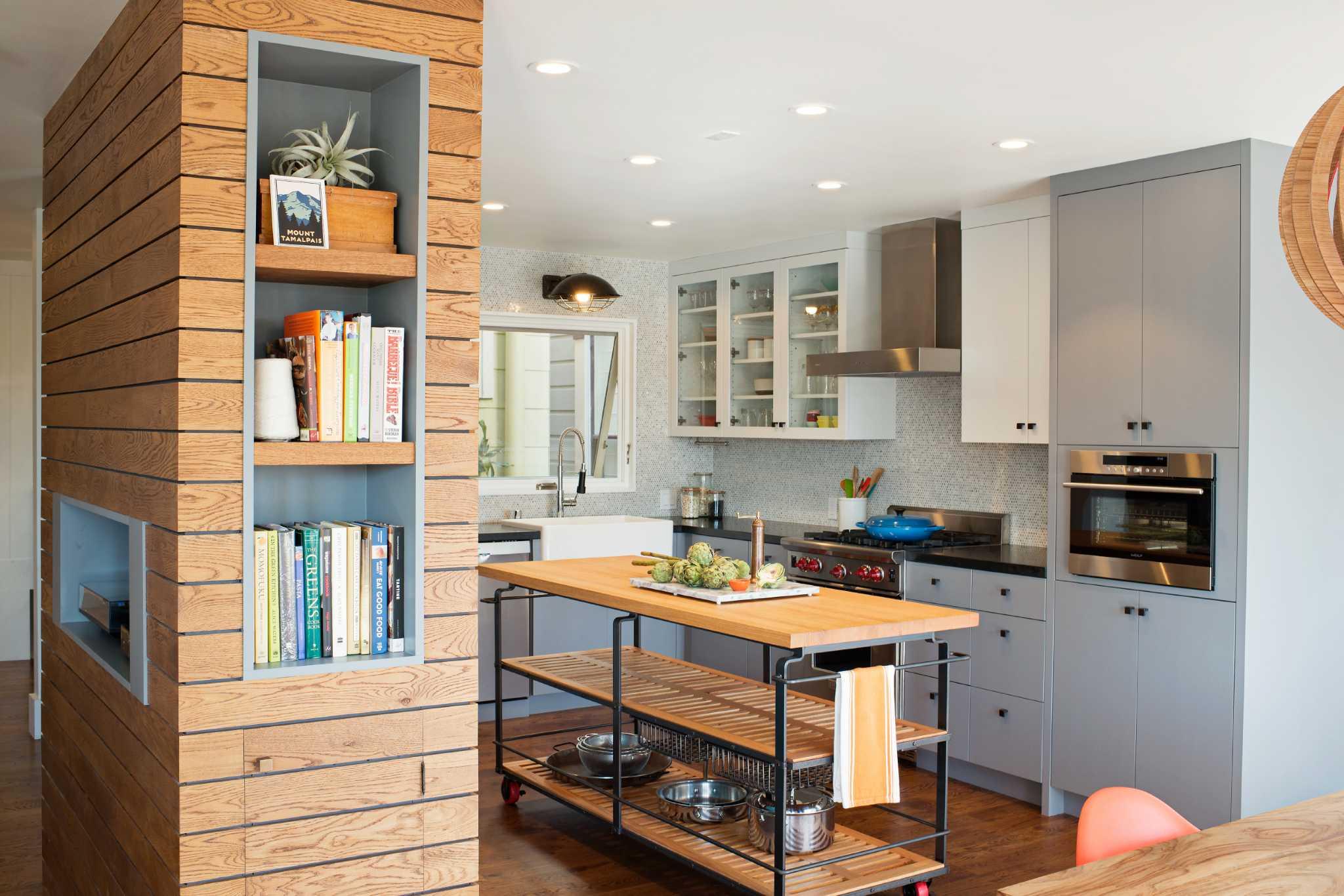 Texture builtins art transform 80s box into a home