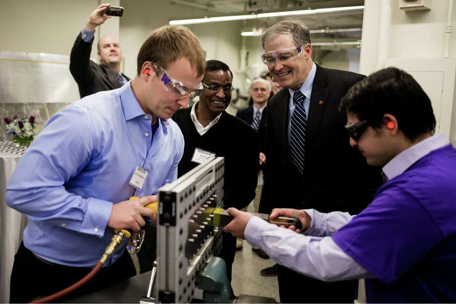 New lab lets UW students Boeing engineers take on real