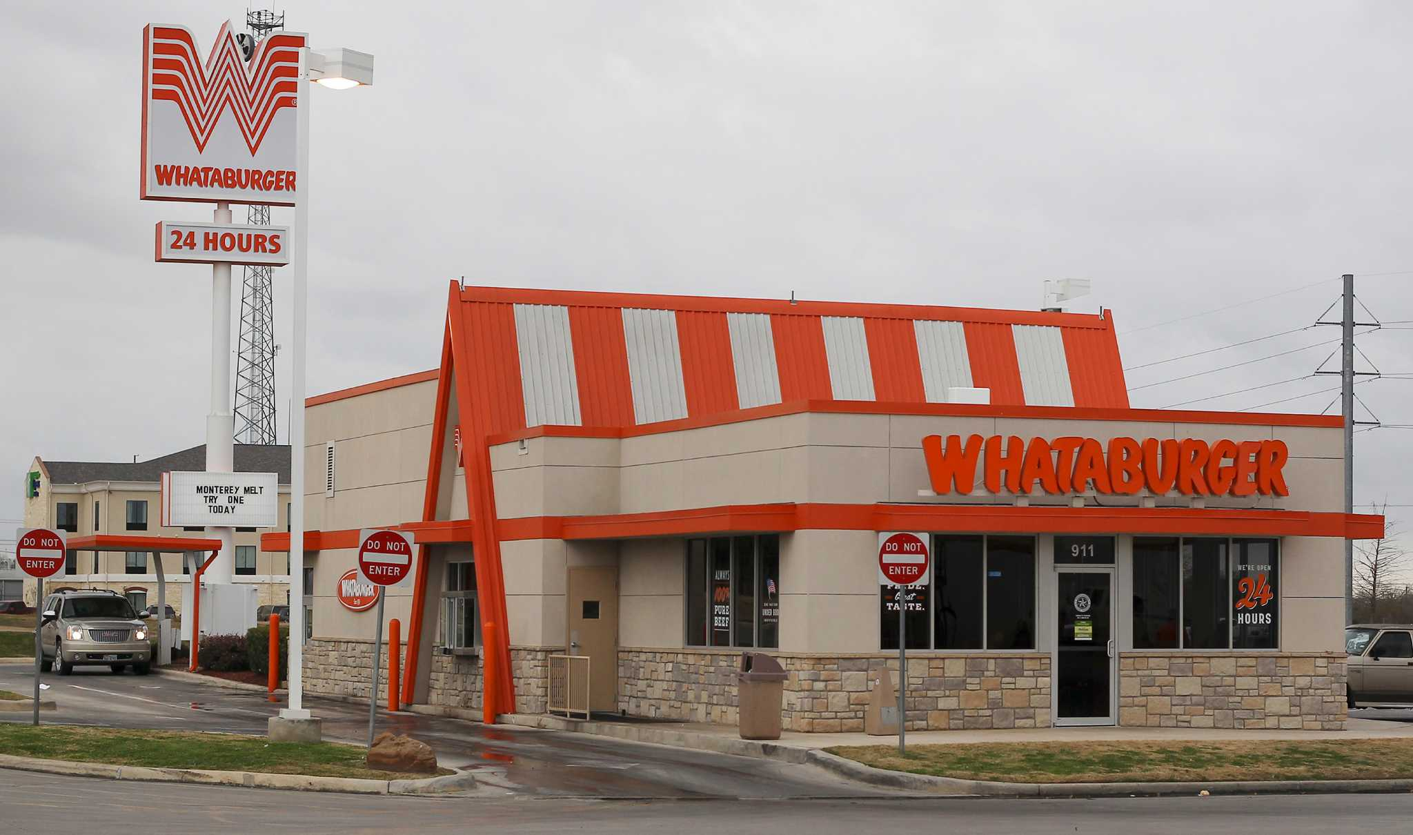 Whataburger S First Franchisee Sues Chain S Parent Company