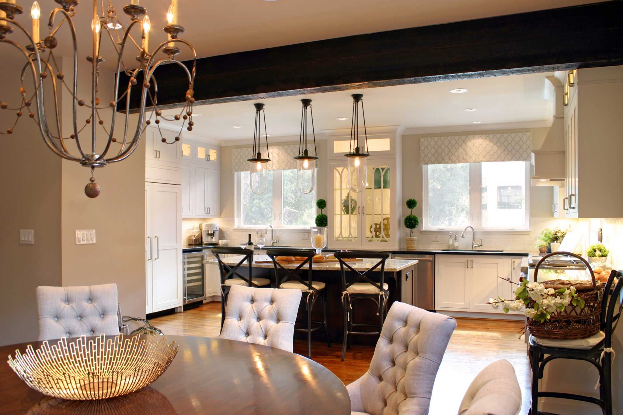 Before and after A total kitchen and dining makeover near