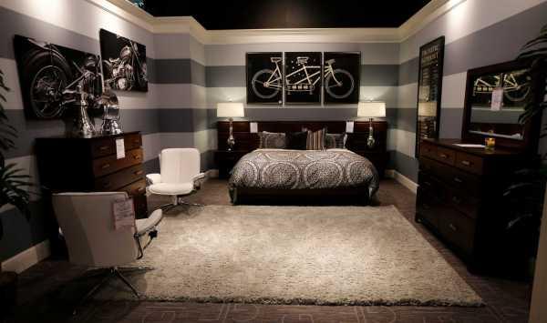 Furniture Designer Offers Redecorating Tips