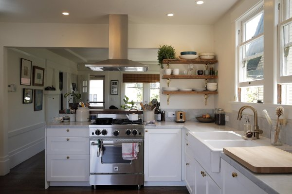 Chef Kitchen Adds Light Flow Entire Oakland Home