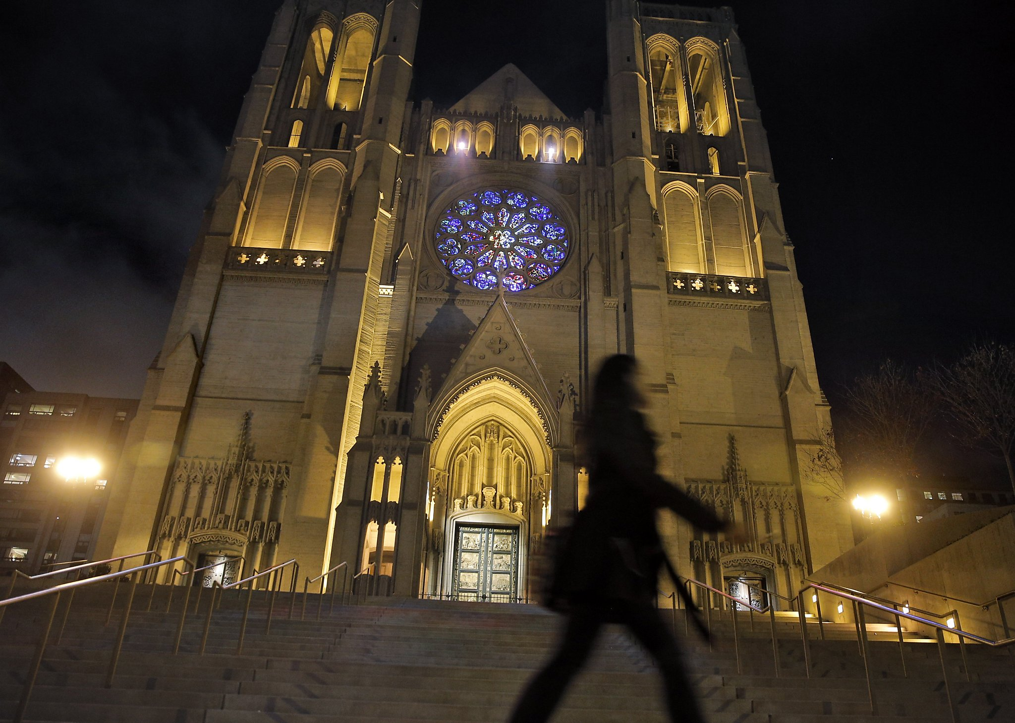 Grace Cathedrals neighbors beam as rose window lights up