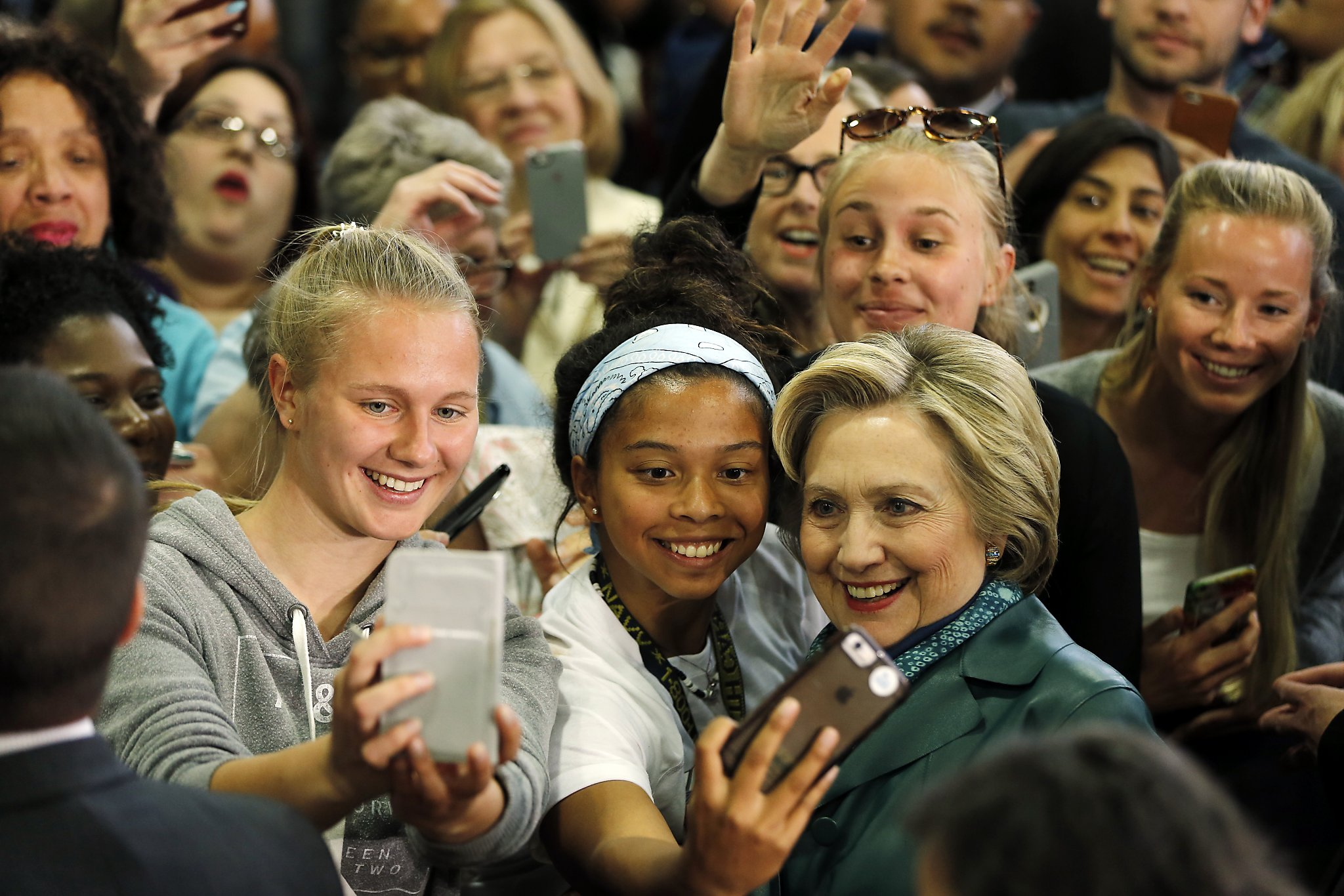 Clinton Must Treat Young Voters Like Adults Sfchronicle Com