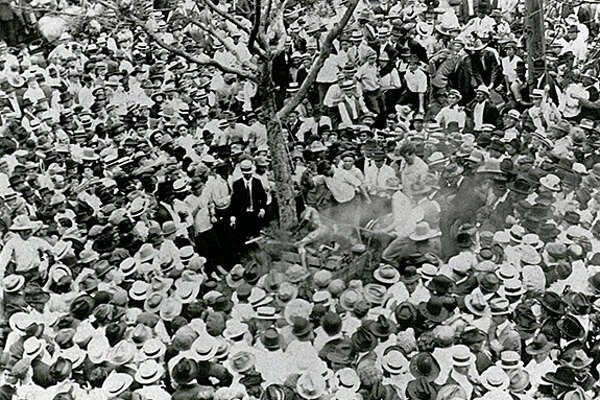 Famous photographer documents 1916 lynching in Waco - HoustonChronicle.com