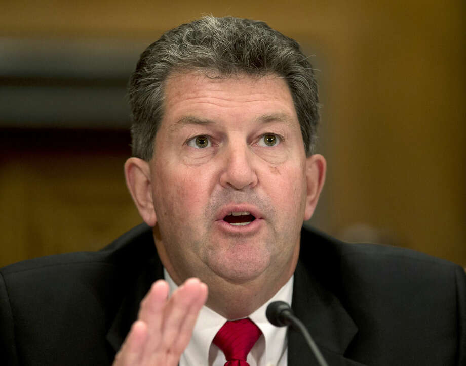 Postmaster General Patrick Donahoe to retire - The Hour