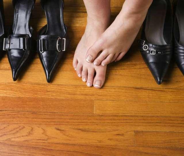 Houston Area Real Estate Agents Warned Of Foot Fetish Caller