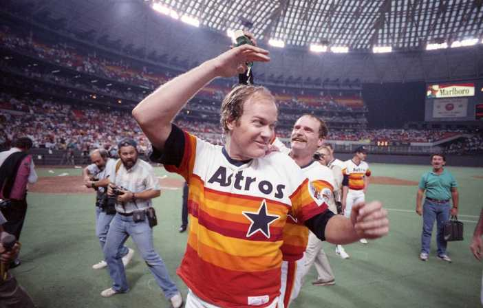 Remembering Astros' Mike Scott's clinching no-hitter 31 years ago ...