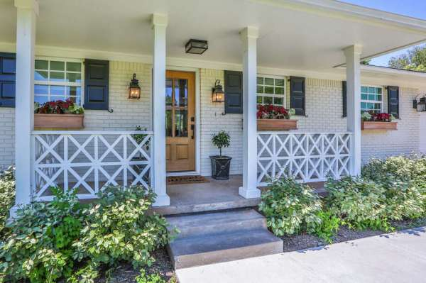 Price of Fixer Upperremodeled home cut selling with Chip Joanna Gaines classic