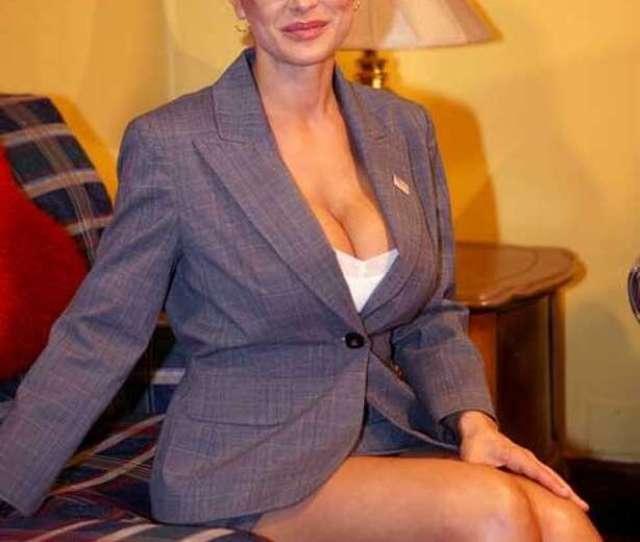 Sarah Palin Lookalike And Adult Star Lisa Ann Shooting Whos Nailin Palin A Hardcore Porn