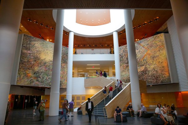 Julie Mehretu Sfmoma Officials Discuss Mural - Sfgate