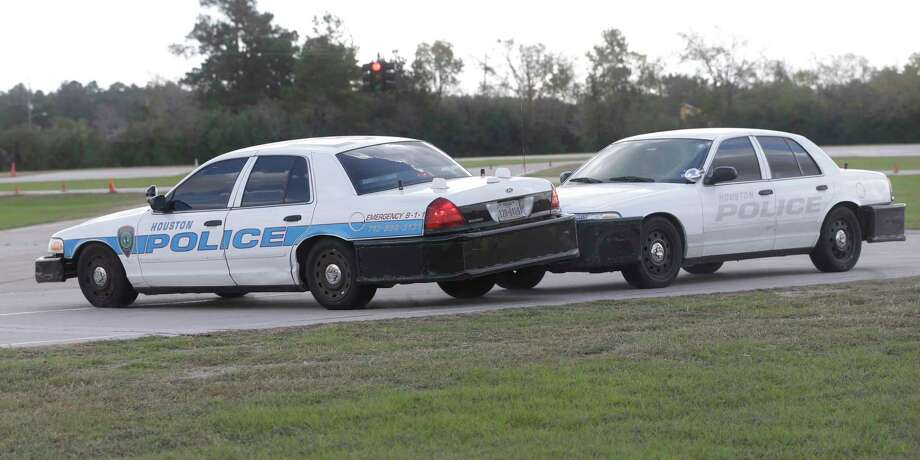 Crown Vic Police Car Wallpaper Houston Police To Start Using New Driving Tactic To End