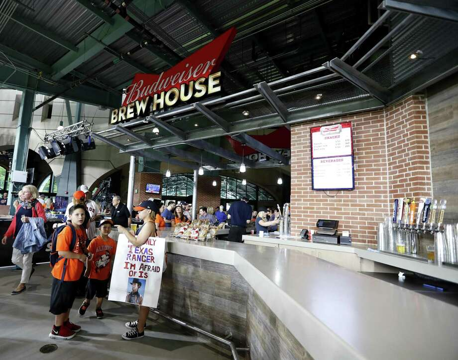 The Texicans guide to drinking at Minute Maid Park