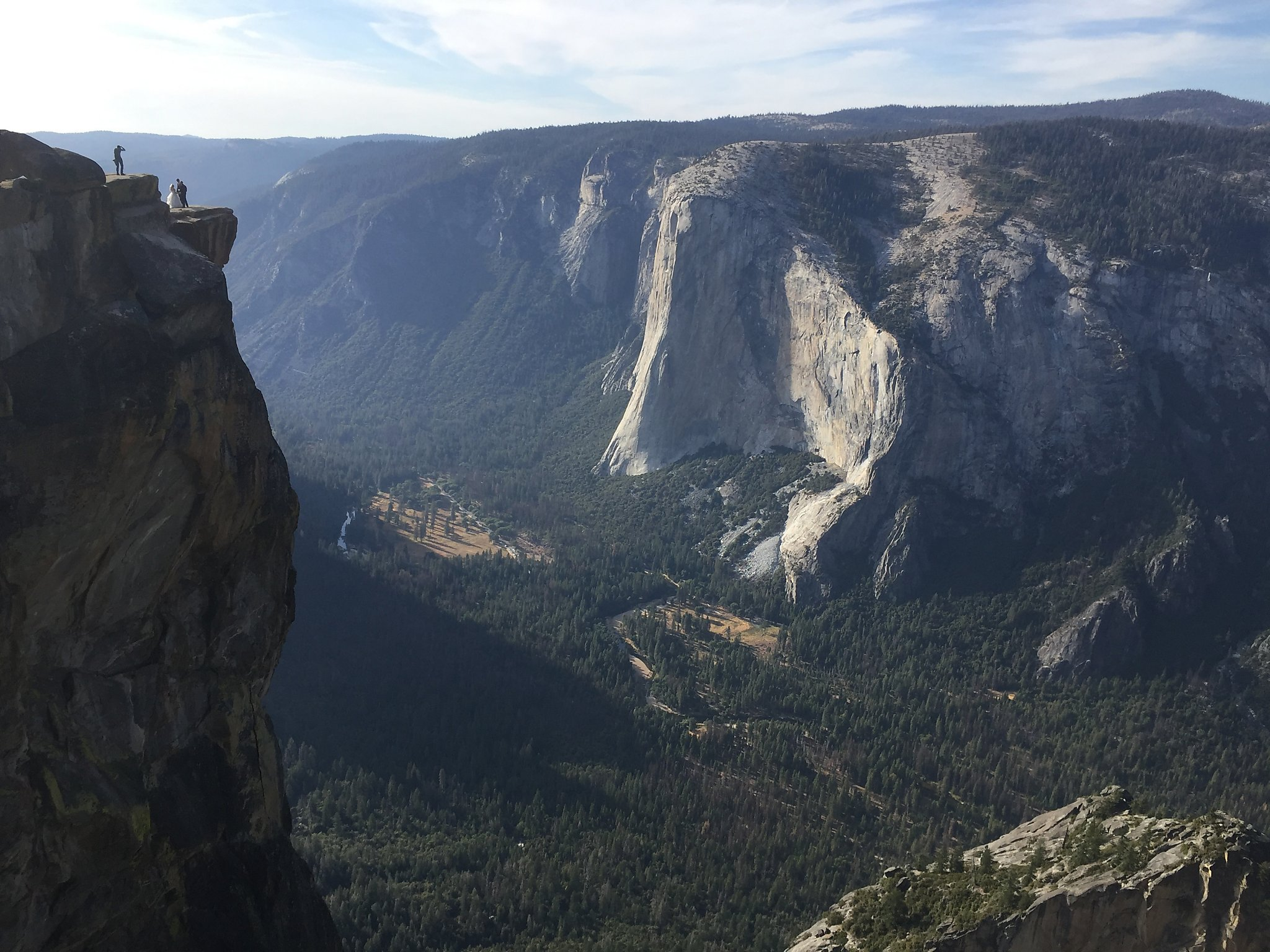 Young couple who died in plunge from Yosemite vista loved being on ...
