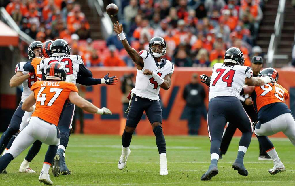 Houston Texans quarterback Deshaun Watson (4) throws a pass against the Denver Broncos during the first quarter of an NFL football game at Broncos Stadium at Mile High on Sunday, Nov. 4, 2018, in Denver. Photo: Brett Coomer, Staff Photographer / © 2018 Houston Chronicle
