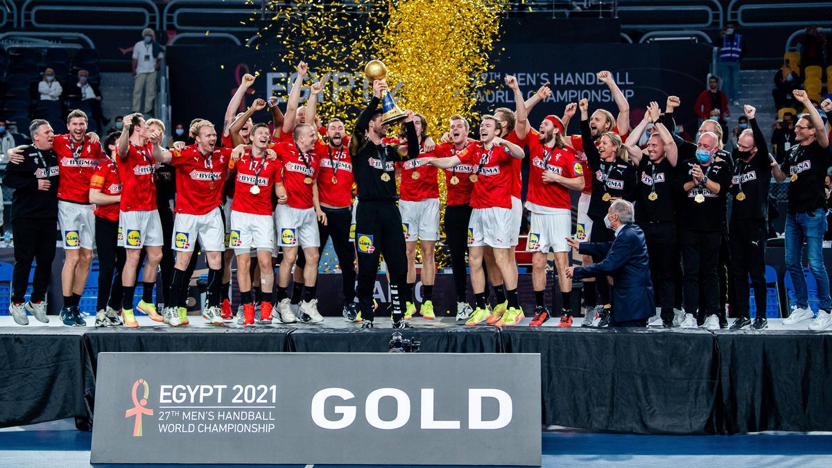 https www sport de news ne4332414 handball weltmeister daenemark verteidigt die wm krone im finale gegen schweden