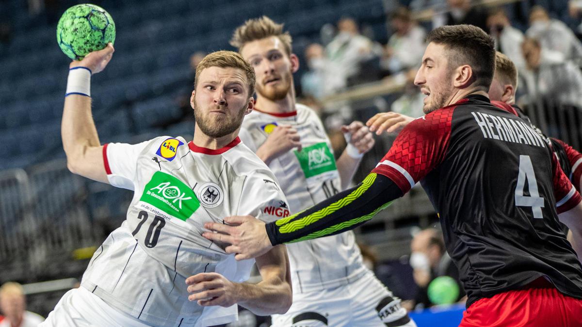 https www sport de news ne4305742 handball dhb team loest em ticket mit kantersieg wm generalprobe gegen oesterreich wird zum trainingsspiel