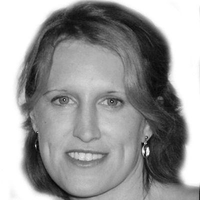 Leisha Davison-Yasol