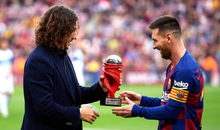 Carles Puyol compared Messi to Michael Jordan.