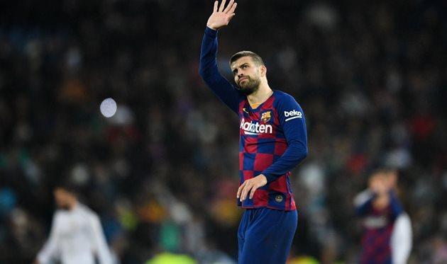Gerard Pique returns to training with Barcelona